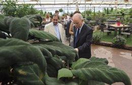Alberto Larraz visita el Centro Especial de Empleo 'San Jorge' de Huesca
