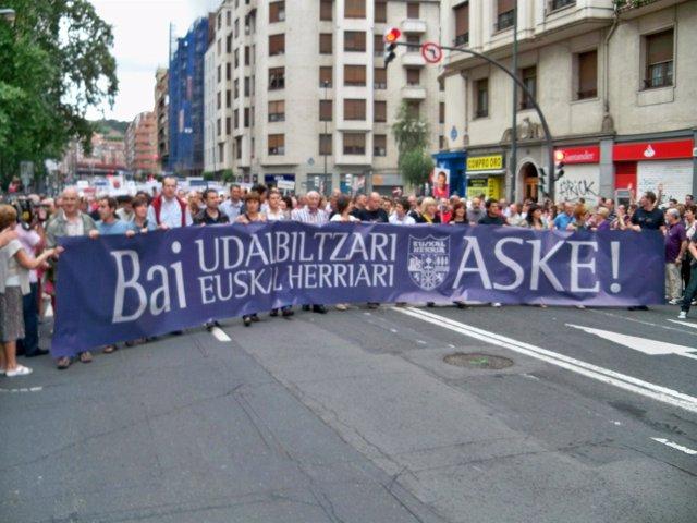 Manifestación en Bilbao de Udalbiltza