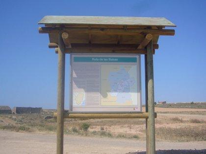 El Ayuntamiento de Fraga (Huesca) mejora la señalización de las rutas turísticas Las Balsas y El Vedado