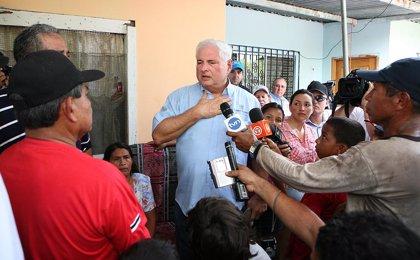 Panamá.- El presidente Martinelli visita la provincia de Bocas del Toro tras las violentas protestas de la semana pasada