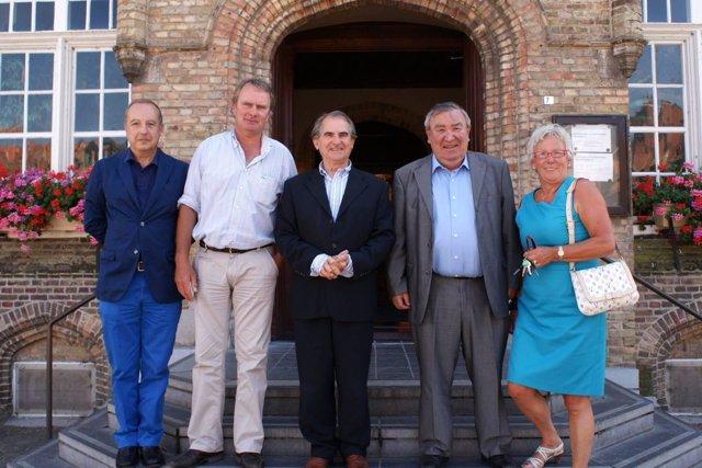 El alcalde de Laredo con las autoridades de Nieuwpoort