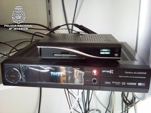 Desmantelada una red que pirateaba la señal de televisión digital