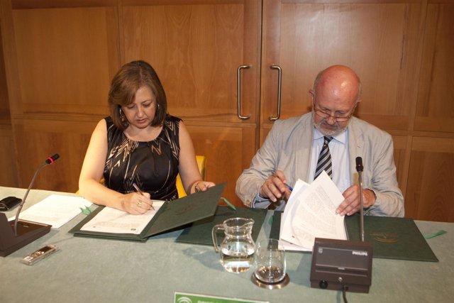 Firma de convenio entre la Alhambra y Orange