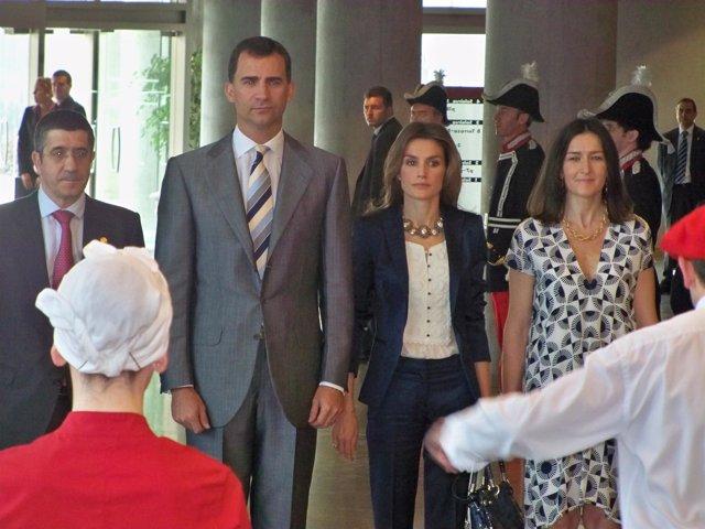 Los Príncipes entregan los Premios Nacionales de Cultura en Bilbao