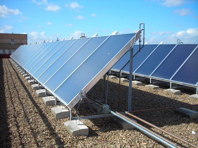 Instalación solar fotovoltaica de techo