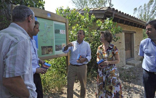 El presidente de la DPH visita la ruta en la localidad de Graus