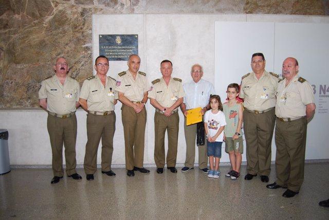 El primer visitante del Museo del Ejército de Toledo