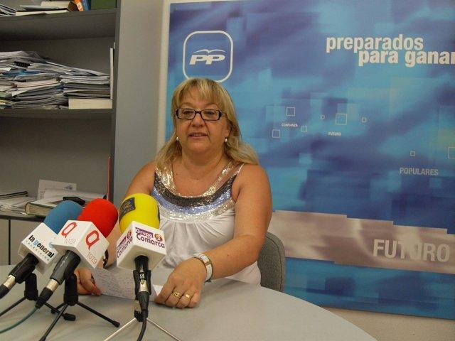 Yolanda Vallés, concejal del PP en el Ayuntamiento de Alcañiz (Teruel) y diputad