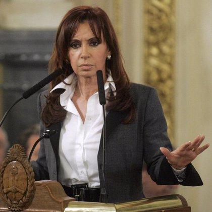 Cristina Fernández promulga la ley de matrimonio homosexual