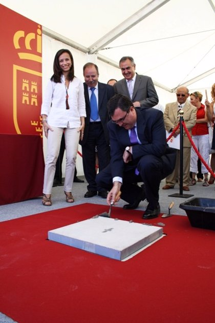 Ministerio y Comunidad inician las obras de urbanización de una parcela para construir 247 VPO en Murcia