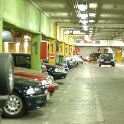 La capital tendrá más de 1.670 nuevas plazas de aparcamiento para residentes repartidas en 6 distritos