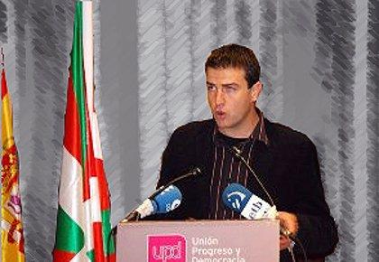 """UPyD pide la """"inmediata"""" derogación del decreto que obliga al comercio a atender en euskera"""