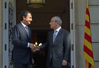Zapatero viaja a Catalunya con el compromiso de recuperar el Estatut