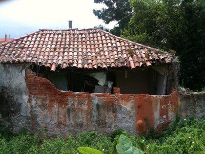 El Ayuntamiento declara en ruina el número 57 de la calle del Monte