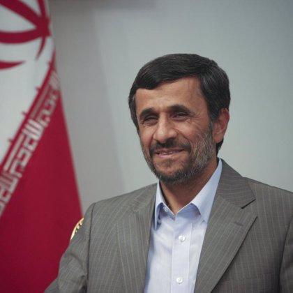 Ahmadineyad advierte de que Irán reaccionará si se revisan sus barcos