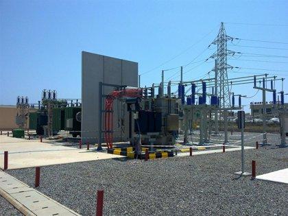 Iberdrola amplía la potencia de la subestación de La Manga con la instalación de un nuevo transformador