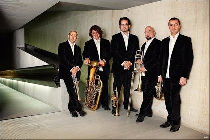 La música de Fellini sonará en la plaza CaixaForum Madrid con la banda Spanish Brass Luur Metalls