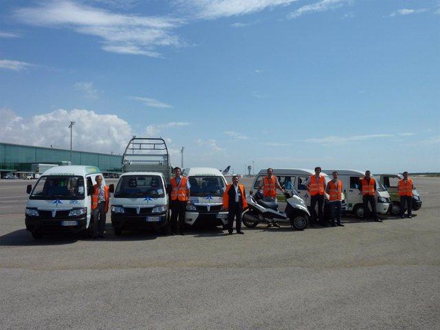 Los vehículos eléctricos Piaggio en el Aeropuerto de El Prat