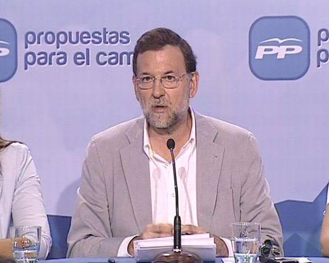 """Rajoy:""""Zapatero tiene un tic autoritario"""""""