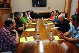 Reunión de Javier Velasco y Alberto Larraz con el comité de empresa de la Centra