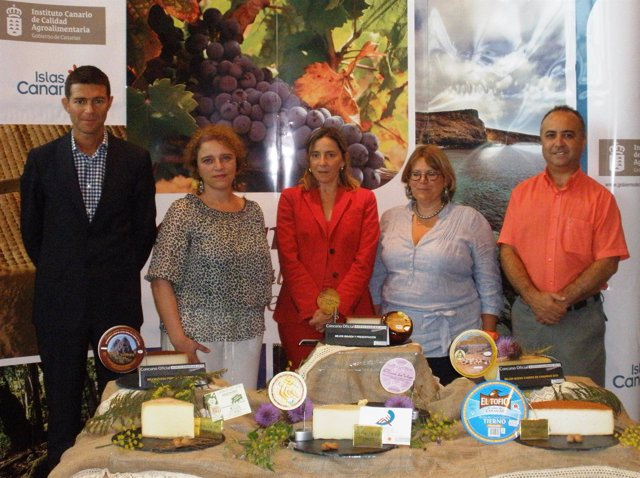 Entrega al Premio Agrocanarias 2010 al Mejor Queso de Canarias.