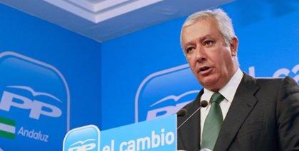 """Arenas ve a Griñán más """"encerrado en sí mismo"""" y dice que la política andaluza """"ha perdido"""" con la marcha de Chaves"""