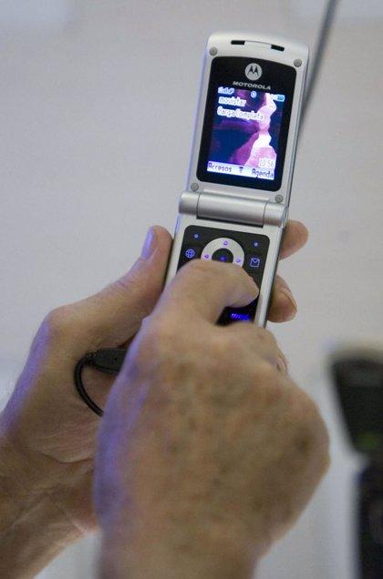 El Instituto de Consumo de Extremadura recuerda que la UE ha establecido nuevas tarifas 'roaming' para móviles