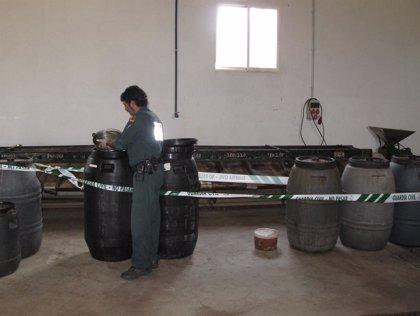 Incautados 4.500 kilos de alimentos en Puebla del Río al no tener registro sanitario