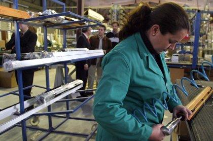 La producción industrial desciende en La Rioja un 3% en junio, mientras que la media nacional aumenta un 3,1%