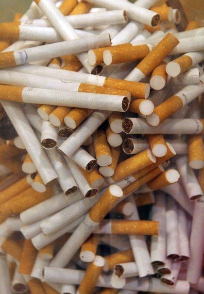El consumo de cigarrillos cae un 8% en el primer semestre, mientras crecen un 53% las ventas de tabaco para liar