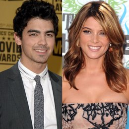 Montaje del cantante Joe Jonas y la actriz Ashley Greene