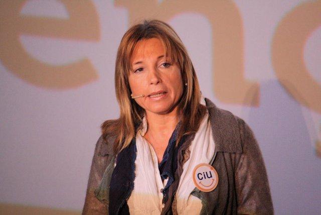 La portavoz de UDC, Joana Ortega (CiU).