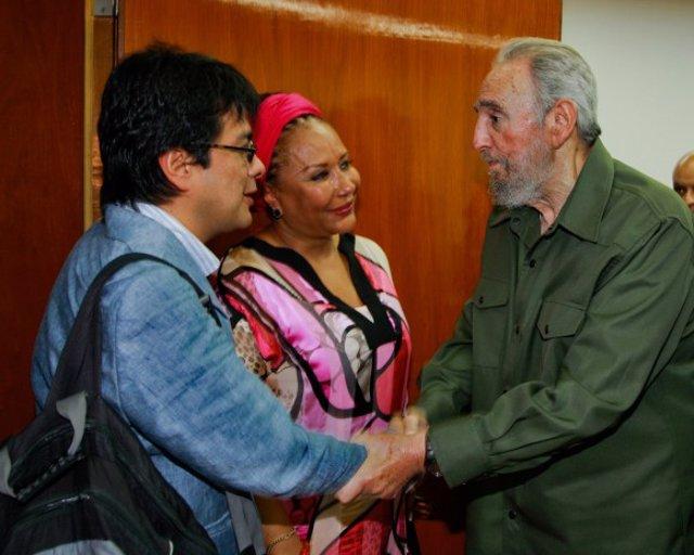El ex presidente cubano Fidel Castro con la senadora colombiana Piedad Córdoba