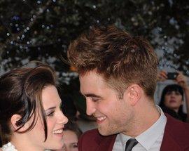 Robert Pattinson y Kristen Stewart, pasión en Montreal