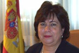 La Defensora del Pueblo recurre al TC la ley de Acogida de Inmigrantes por el catalán