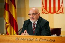 """Un consejero catalán tacha de """"falangista"""" a la Defensora del Pueblo por recurrir la Ley de Acogida"""