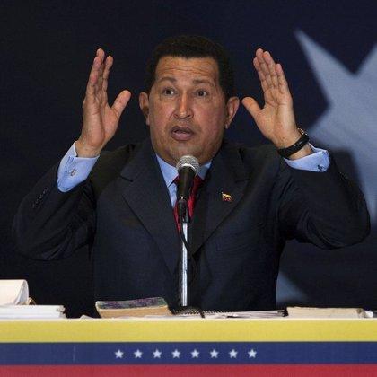 Chávez reestablece la diplomacia con Colombia