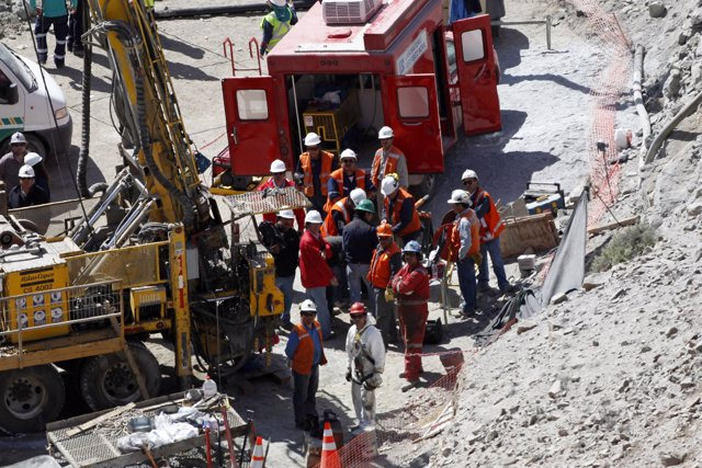 Rescate de los 33 mineros chilenos atrapados