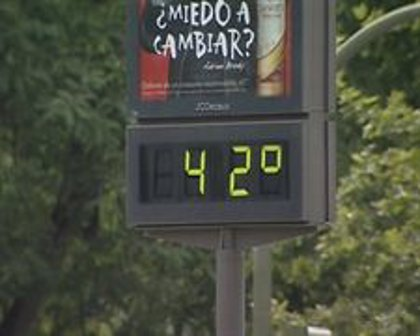 Una ola de calor elevará los termómetros hasta los 40 ó 42 grados en el sur de Extremadura a partir de este miércoles