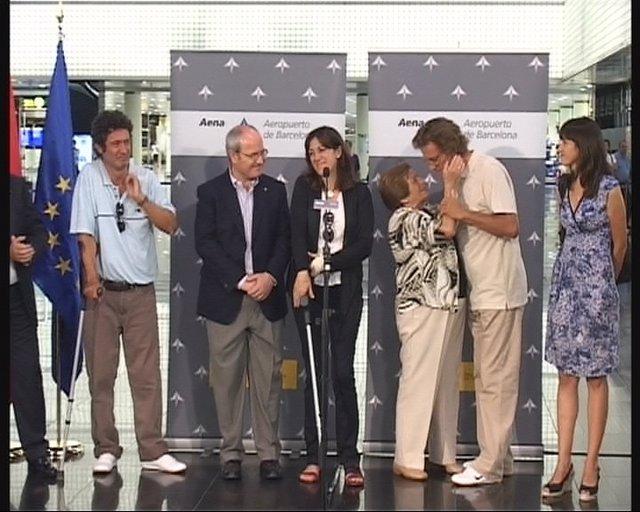 Los cooperantes llegan a El Prat