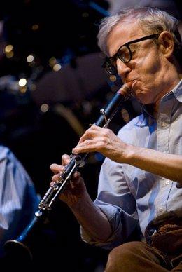 Woody Allen y su banda completan su actuación en el primer concierto de Nochevie