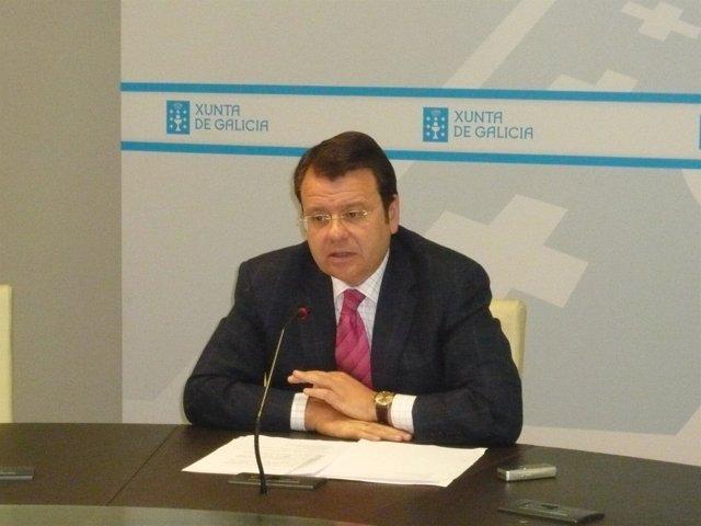El director xeral de Indsutria, Enerxía e Minas durante una rueda de prensa
