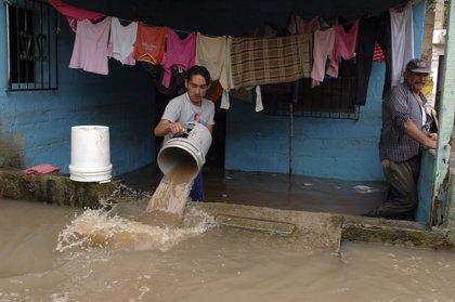 Alerta por la tormenta tropical 'Frank' en nueve estados Mexicanos