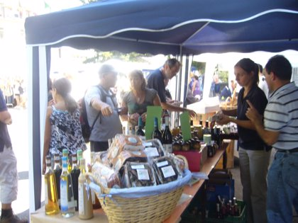 Biescas se prepara para la octava edición de las Jornadas de Comercio en la Calle que tendrán lugar este sábado
