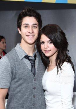 David Henrie y Selena Gomez