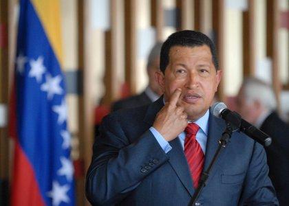 Chávez niega que esté violando el reglamento en la campaña electoral