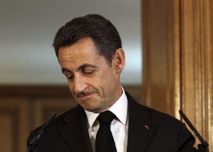 La popularidad de Sarkozy cae por las expulsiones de gitanos