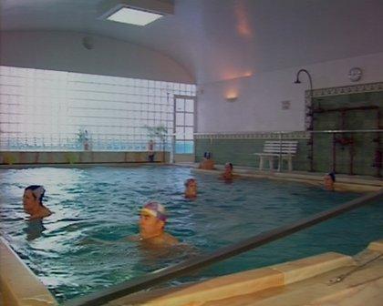 El balneario de Alange (Badajoz) ofrece circuitos termales para reducir el síndrome posvacacional
