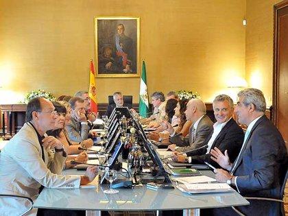 La Junta aprueba el martes el paquete de medidas de impulso económico con 3.130 millones hasta 2015