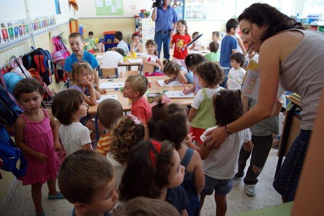 Guarderia niños infancia